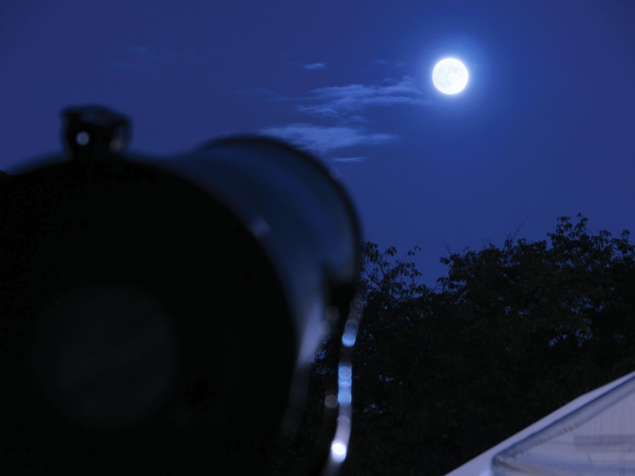 小金井お月見のつどい「望遠鏡で月を見てみよう!」(むさこくらぶ(2016年9月号(vol.112))掲載)